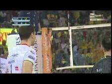 Bruno Rezende and Dick Kooy nice action