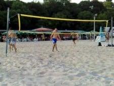 Kaziyski and Sokolov plays beach volley