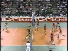 Amazing sky-ball serve (Japanese League)