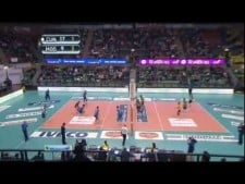 Nikola Grbic two digs in one action (Cuneo - Modena)