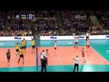 Michał Kubiak huge block on Leandro Vissotto
