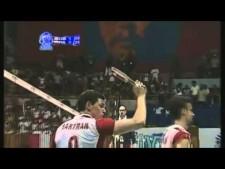 Yoandry Diaz huge block on Bartosz Kurek