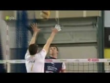 Facundo Conte huge block on Grzegorz Bociek