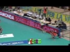 Fabio Balaso leg dig (Trentino Volley - Tonazzo Padova)