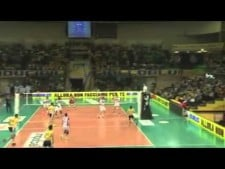 Earvin N'Gapeth two digs in one action