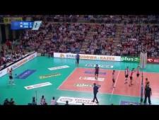 Marko Ivović serve under the net