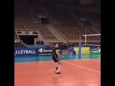 Mariusz Wlazły serve in slow motion
