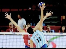 Sebastian Sole 3rd meter spike (Russia - Argentina)