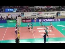 Grzegorz Bociek spike under the net