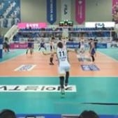 Pavel Moroz ace serve in slow motion (Jumbos - Wooricard)