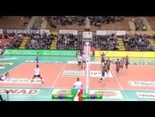 Aleksandar Atanasijević spike on the triple block