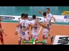 Simone Giannelli great action (Trentino - Milano)