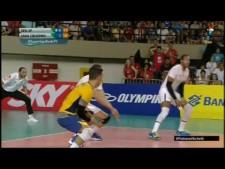 Lucas Saatkamp pipe attack (Sesi Sao Paulo - Sada Cruzeiro)