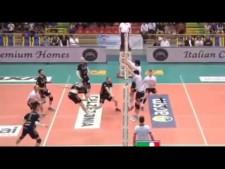 Svetoslav Gotsev blocks in match Verona - Sora