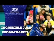 Earvin N'Gapeth amazing action (France - Canada)