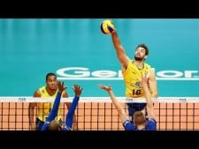 TOP 10 amazing volleyball moments by Lucas Saatkamp
