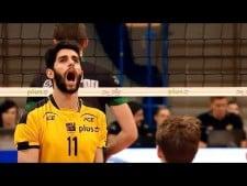 Milad Ebadipour block on setter trick