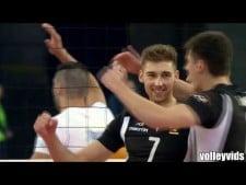 Bartosz Bednorz high reach spike