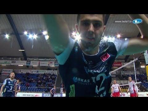 Adis Lagumdzija crashes into the camera