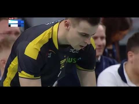 Mariusz Wlazły serves 114, 122, 115 km/h in a row