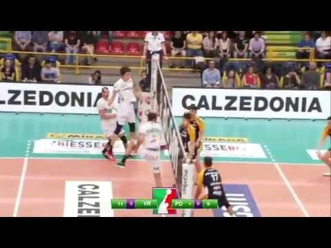 Dragan Travica great action (Verona - Padova)