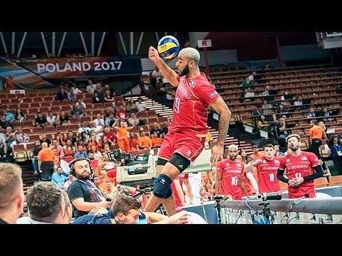 Volleyball Crach