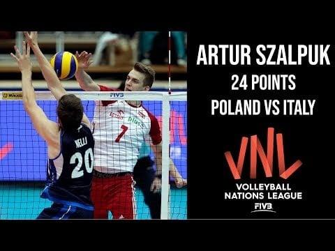 Artur Szalpuk in match Italy - Poland