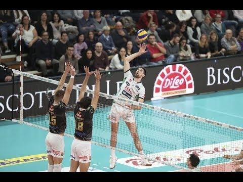 Trentino Volley - Argos Volley (Highlights)