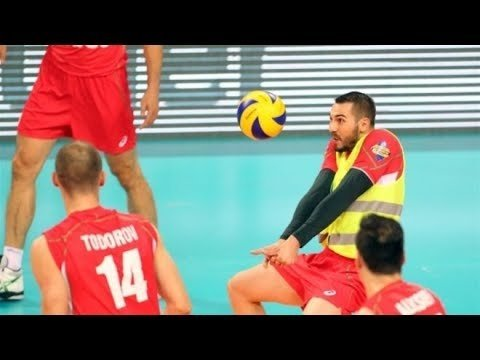 Tell me a Story: Volleyball Yellow Vests