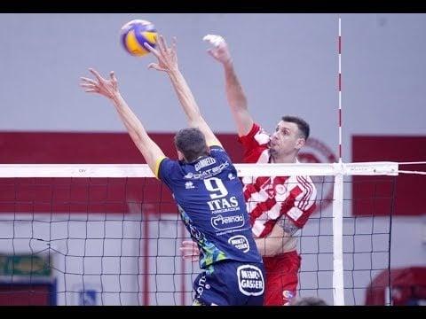 Olympiacos Piraeus - Trentino Volley (Highlights)