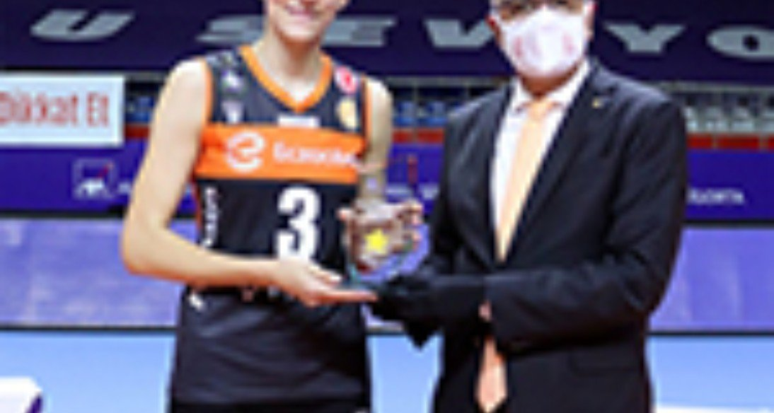 Ezacibashi is the winner of the Turkish Super Cup for the fifth time in a row - Tijana Boskovic MVP