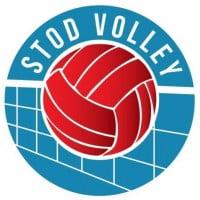 Women Stod Volley